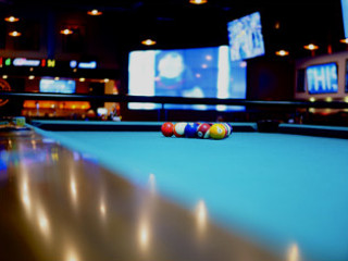 Sell a pool table in Macon